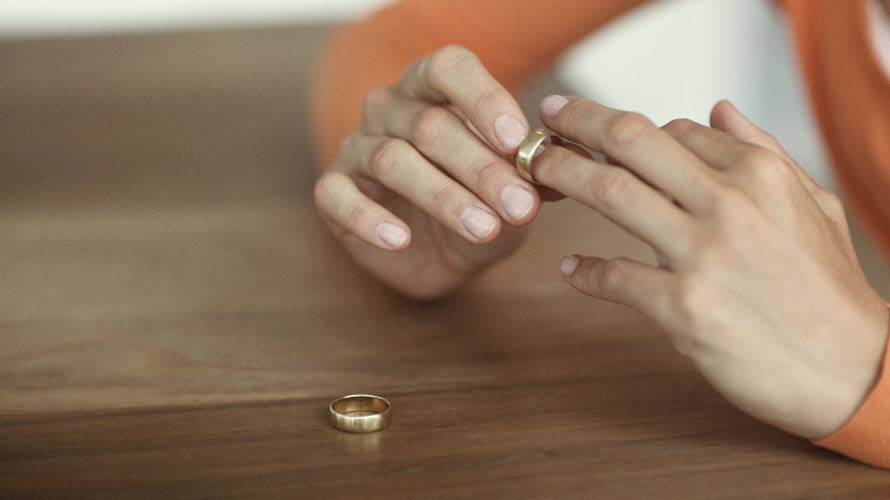Divorce_and_Retirement_Women_Taking_Off_Ring